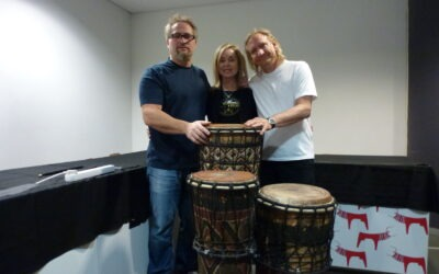 Joe Walsh from the Eagles buys drums from Drum Cafe